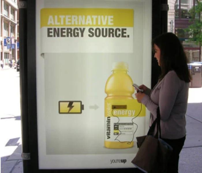 publicidad parada de autobus creativa